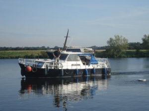 Erhalten Sie Ihren Bootsführerschein bei der ab-sportbootschule an der Weser